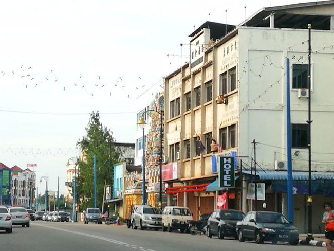 Johor City City Street Urban Road Outdoors Day People Tangkak