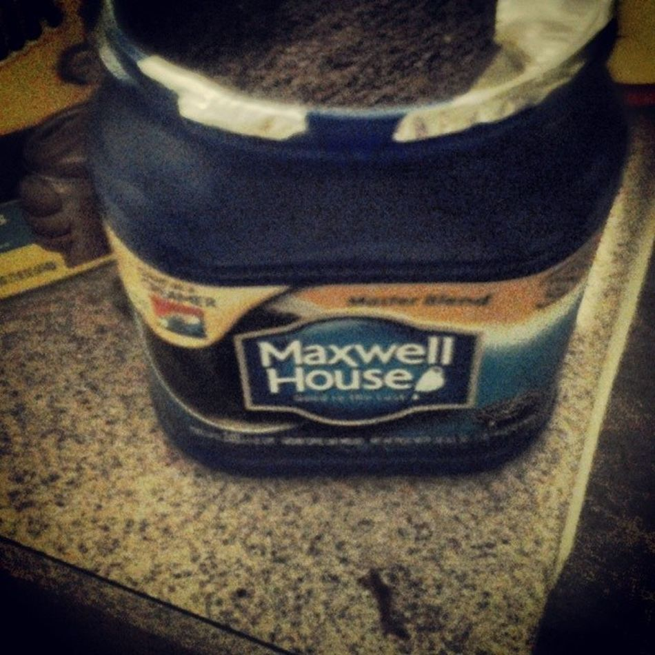 I had too pop it open Maxwellhouse Coffeewasted