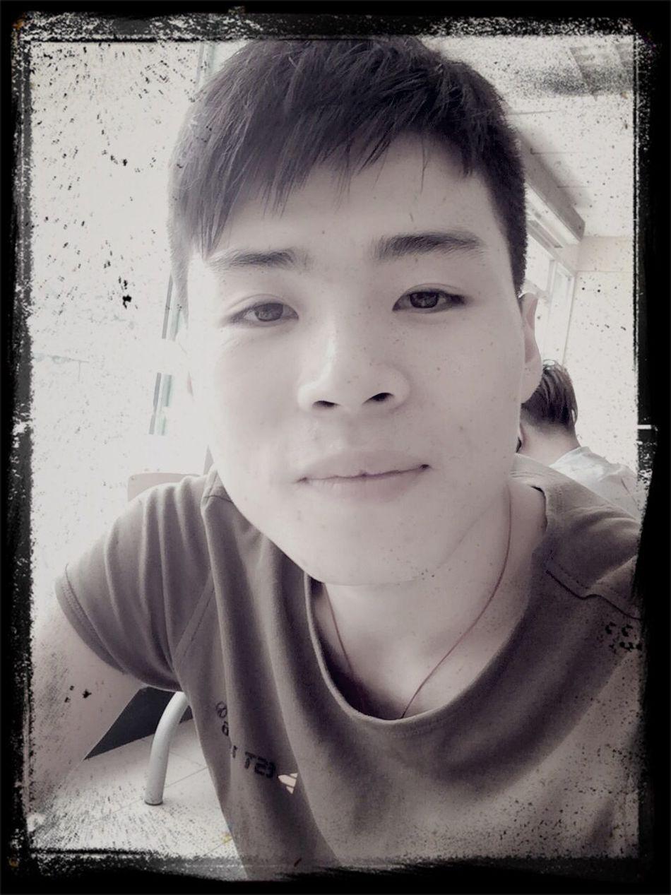 China boy Hi!