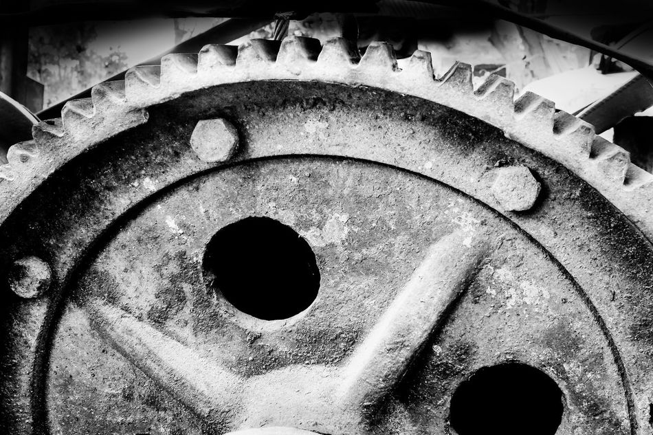 Chain Circle Close-up Construction Construction Site Day Equipment Gear Indoors  Knot Machine No People Rust Sring