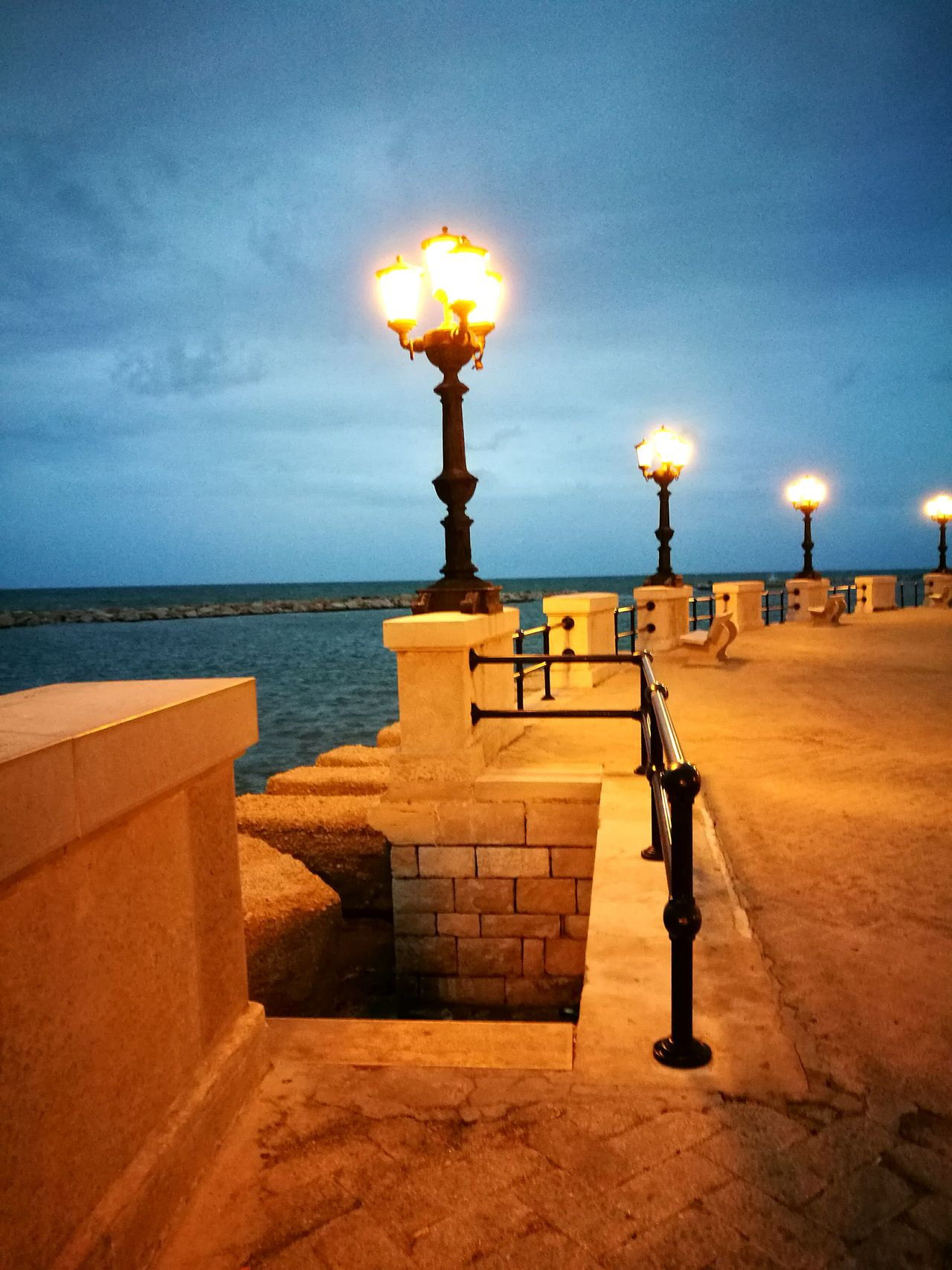 Bari Puglia Lungomare Sea Sky Luci Lampioni Scale  Evening September