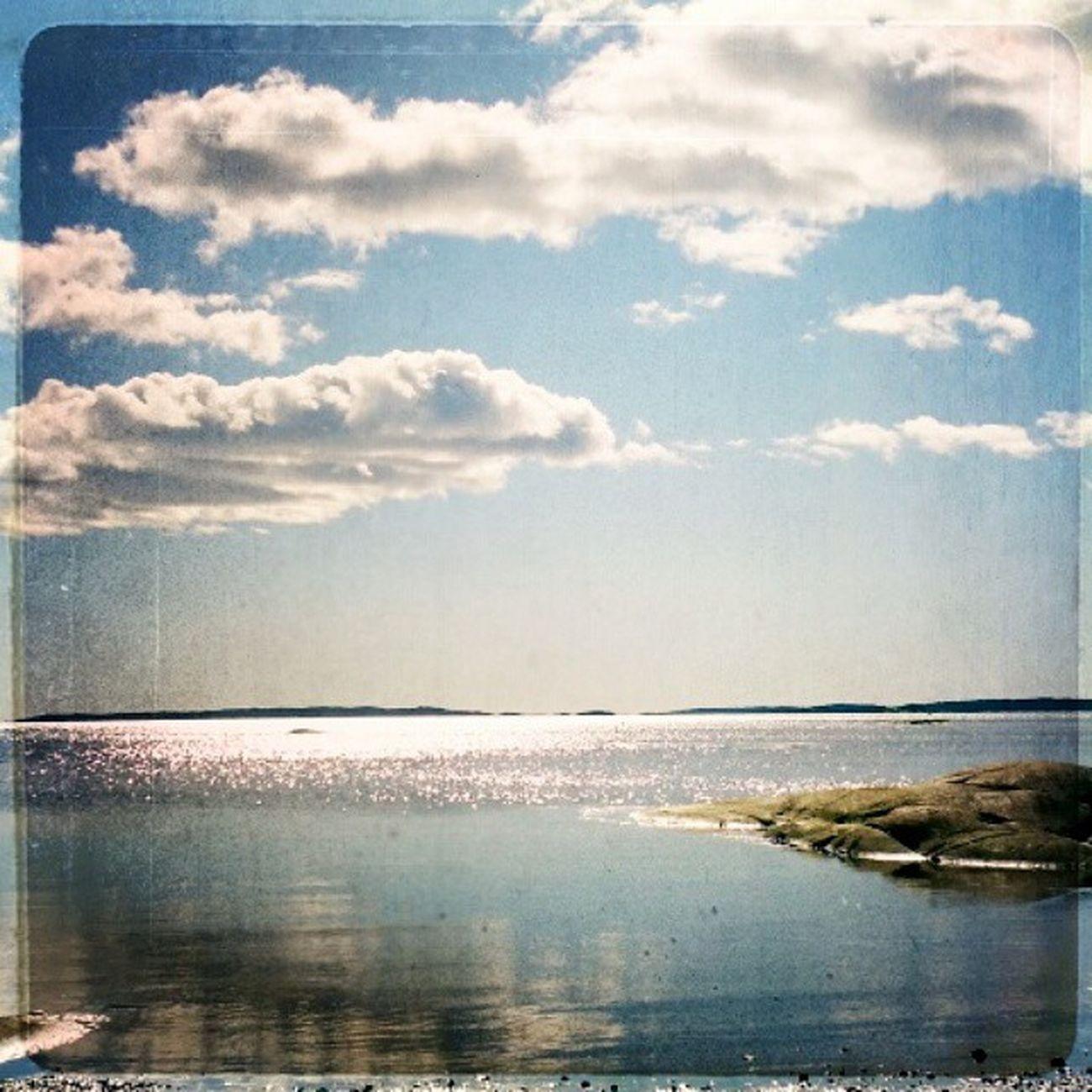 Halden Sun Lovely Mytown Norway Kålvika easter sea skye water blueSky lovelyDay daytrip spring out vår blue Østfold nrkØstfold påskevær