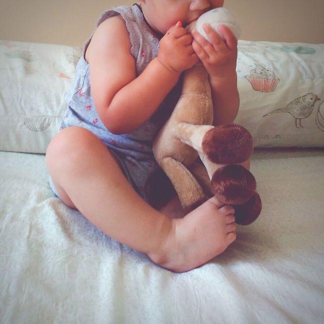 лапочкадочка нежная добраяигрушка прекрасная девочкамоя девочканаша девочка маленькаяжопушка сладость кровать послесна милаядевушка Маленькаядевочка доченькалюбимая дочка люблюдочкусвою