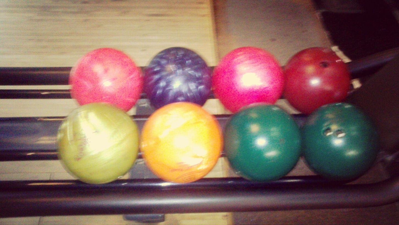 Premier bowling :3 Color Souvenir, Souvenir .. Bowling Getting Inspired :-D