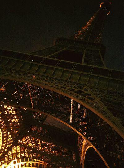 Paris 🎥 Paris, France  Eiffel Tower Eiffelturm Night Special_shots