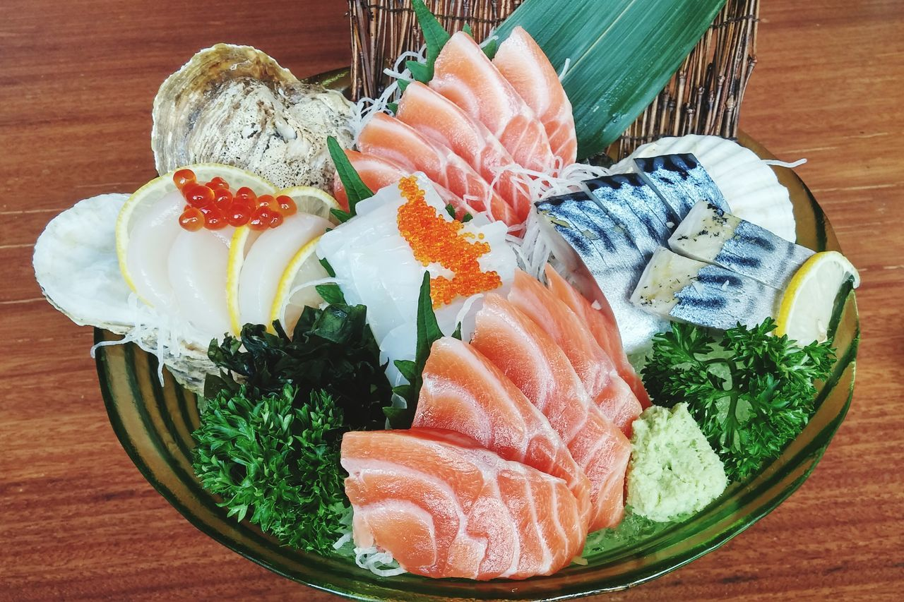 Sashimi Bowl Sashimilovers Sashimi Set Japanese Food Food Yummy