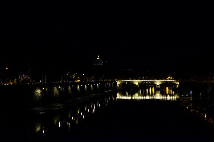 Lights Luci Arch Bridge - Man Made Structure City Illuminated Night Notte Notturno Outdoors Ponte River Sky Water