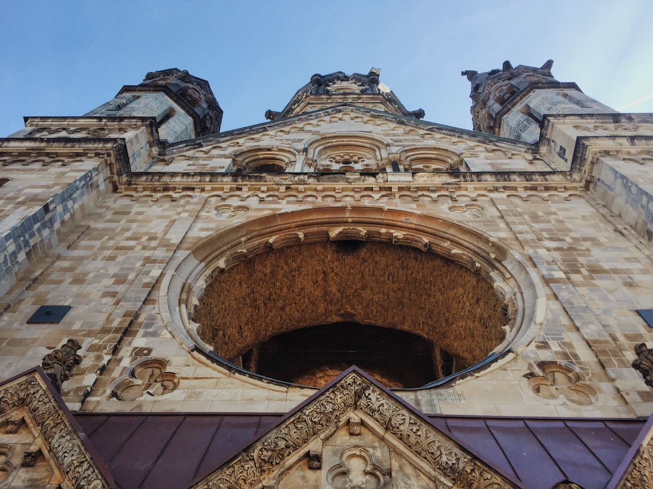 Looking Up Looking Up Can Be So Rewarding Architecture Architecture_collection Architectural Detail Window Frame Architecturelovers Architectural Feature Gedächtniskirche Ruined Building Church Religious Architecture Religious Views Music Brings Us Together