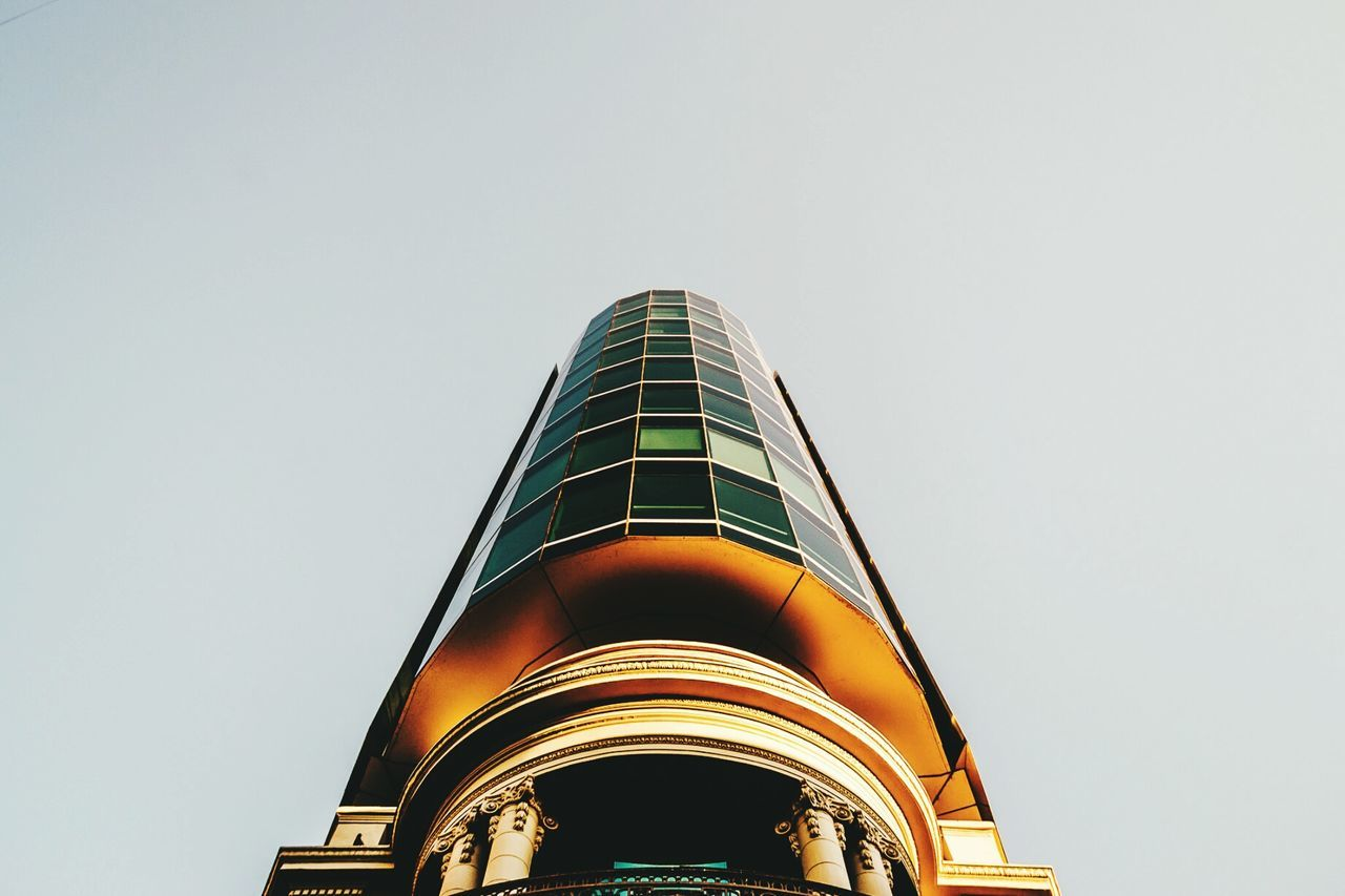 Edificio Inteligente Low Angle View Travel Destinations Travel City Business Finance And Industry Tower Cloud - Sky Architecture Illuminated No People Building Exterior Sky Outdoors Technology Modern Cityscape Military Night First Eyeem Photo