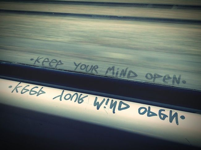 Keep your mind open ♥ Somewhere Train Reflets Quote ♥ Glass Think Different