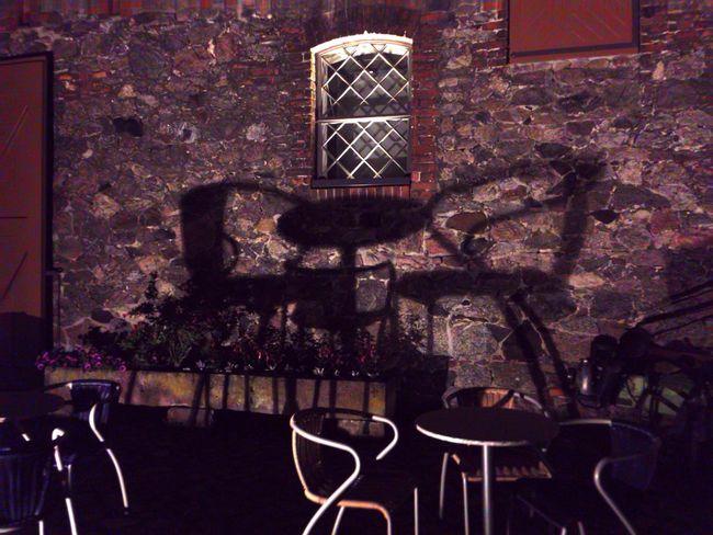 Licht Und Schatten Light And Shadow Shadow On The Wall Shadow Schattenspiel  EyeEm Gallery Chair Creative Light And Shadow Getting Creative