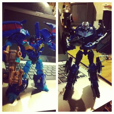 Two new members of my Decepticon army. Frenzy Vehicon Decepticons Transformandriseup