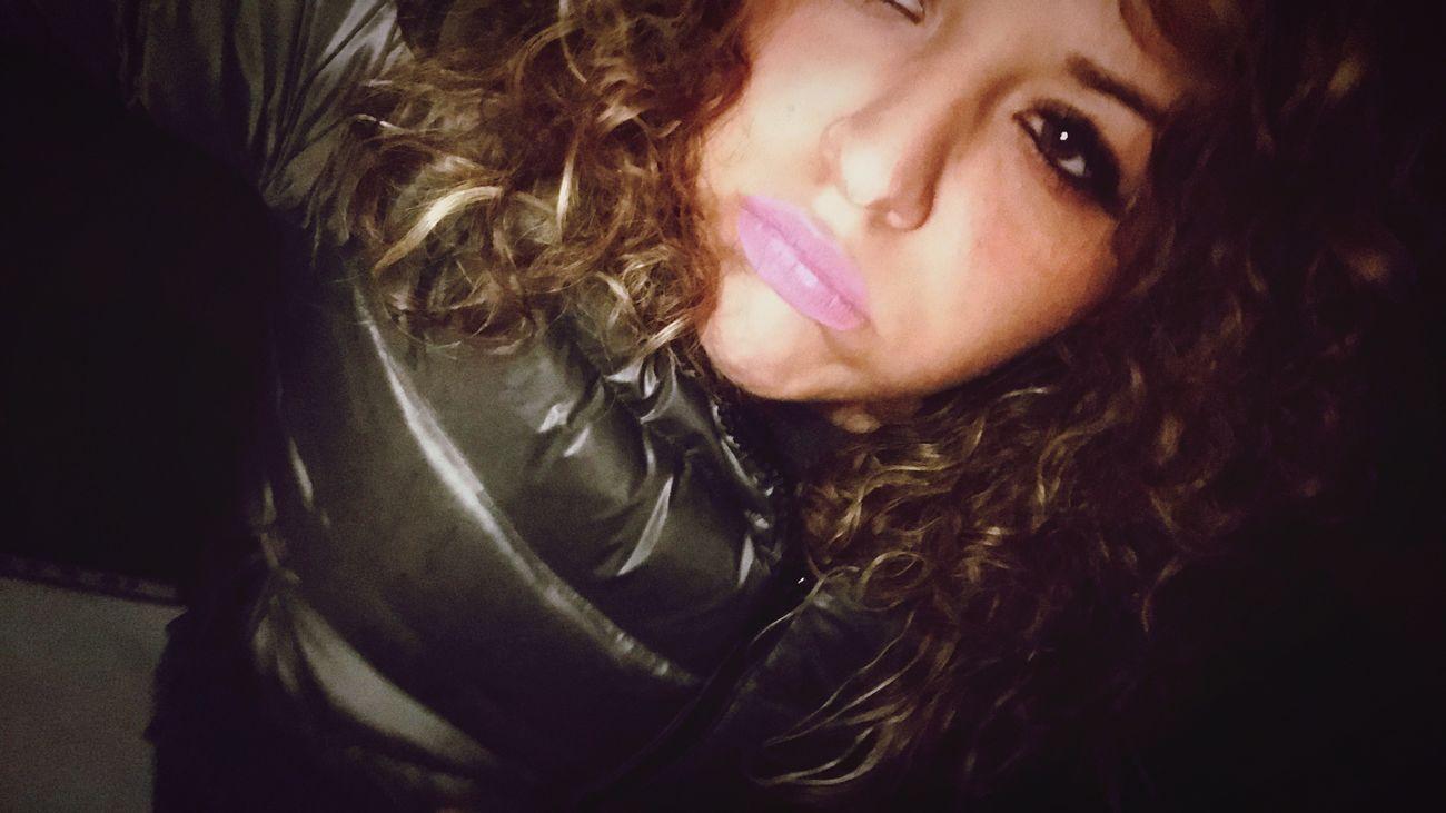 Annoiata..😅😘💋 Napoli ❤ ❄️ Snow Freddomolesto❄ Italy❤️ Woman Istacoment Napoletana❤️ Instafollow OcchiettiBelli Girl Me Kisses❌⭕❌⭕ Annoiata Stancamorta Ierisera Noia✌❤