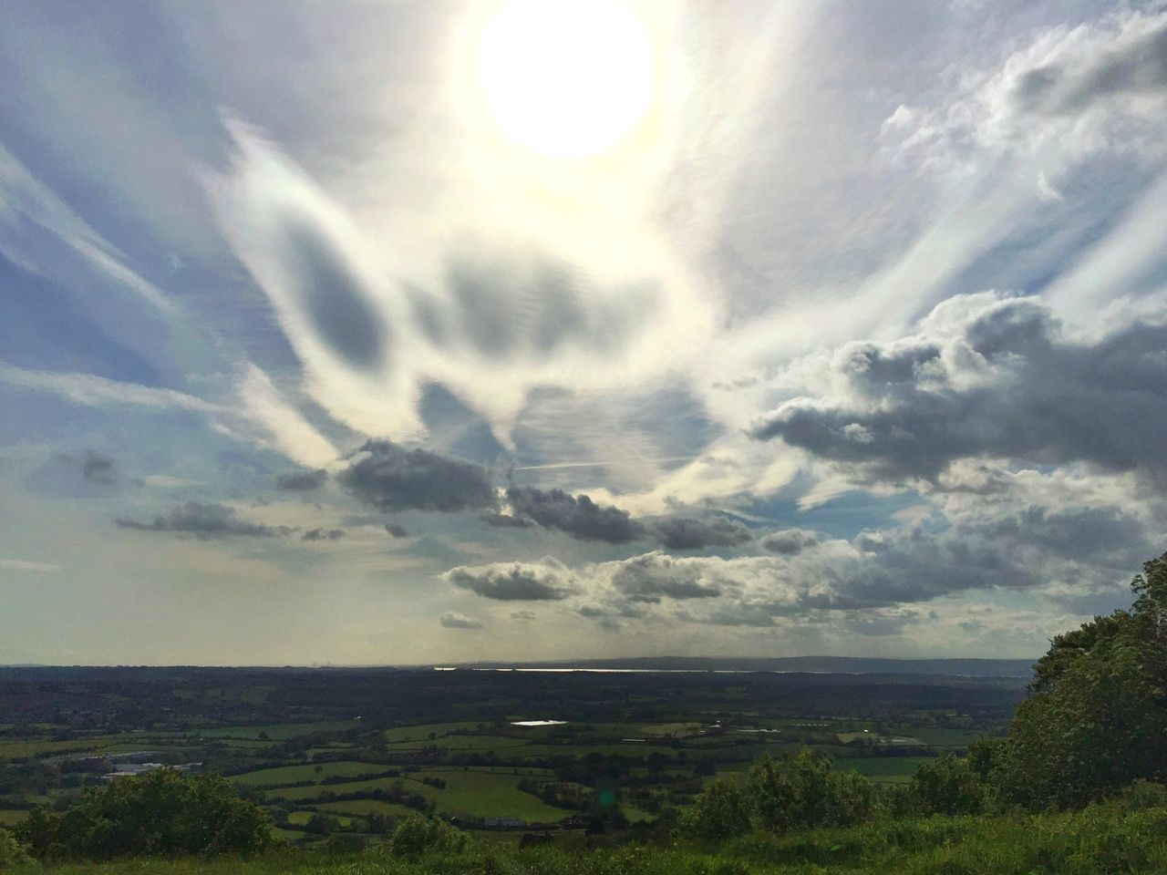 Amazing clouds and light Enjoying The View Iphone6plus Clouds And Sky Cloudscape Topoftheworld Cotswold Way Natural Beauty IPSWebsite