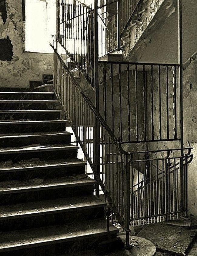 Blackandwhite AMPt - Abandon Eye4photography  NEM Derelict