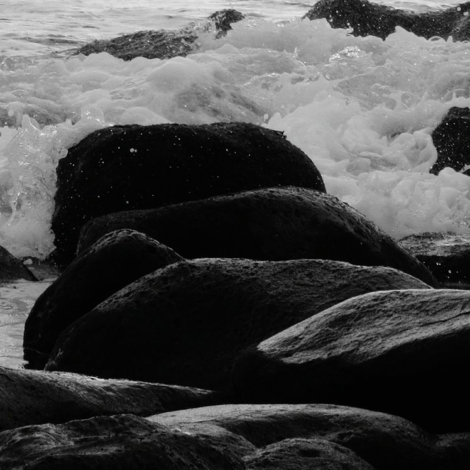 No People Rocks And Water Splashing Motion Rock - Object Beauty In Nature