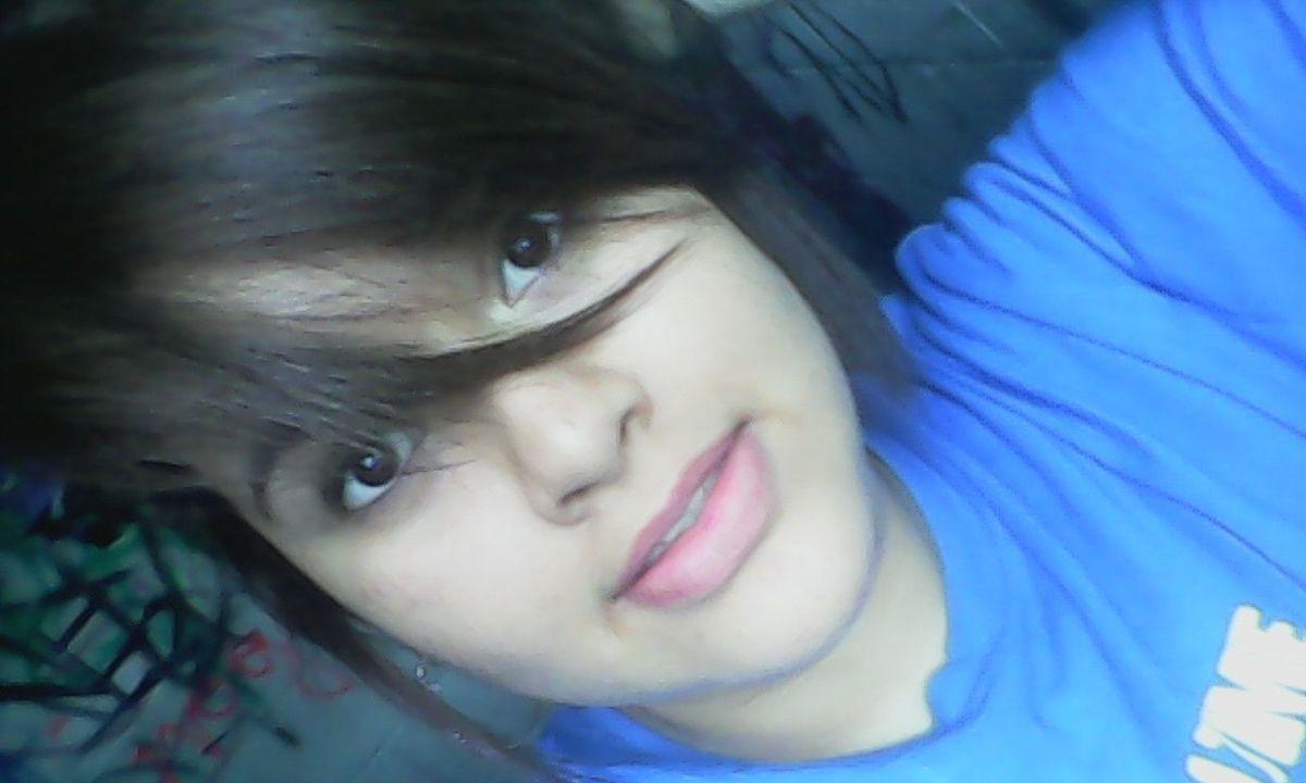 Cabello♥ Ojitos *--* Labios Rosa Shelitac: