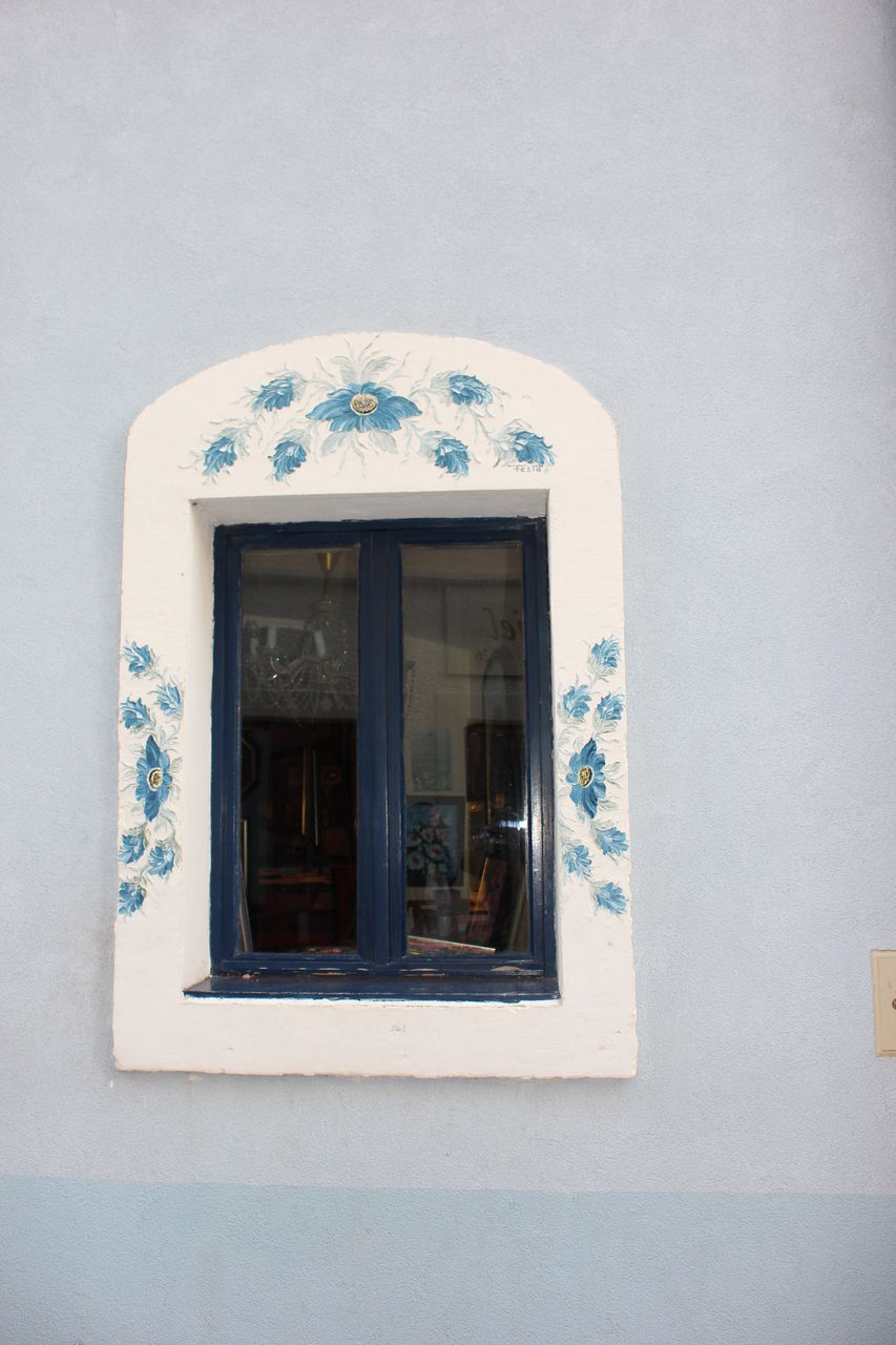 window, architecture, built structure, building exterior, no people, day, outdoors, whitewashed, close-up