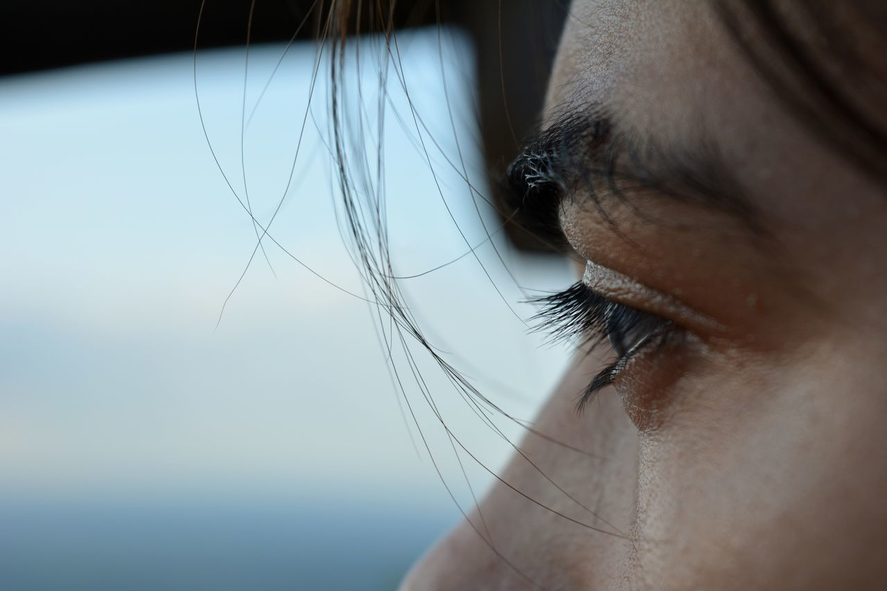 close-up, real people, one person, indoors, sensory perception, day, eyelash