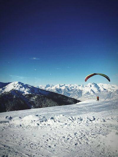 Taking Photos Fly Away Snow Wallis Valdanniviers Perfect Day