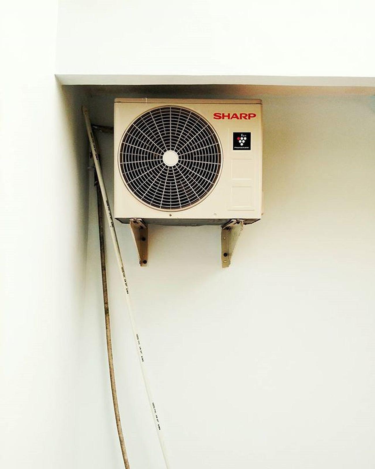 Komvresor Kompresor Ac Putih Minimalis Compressor Airconditioner White Minimal