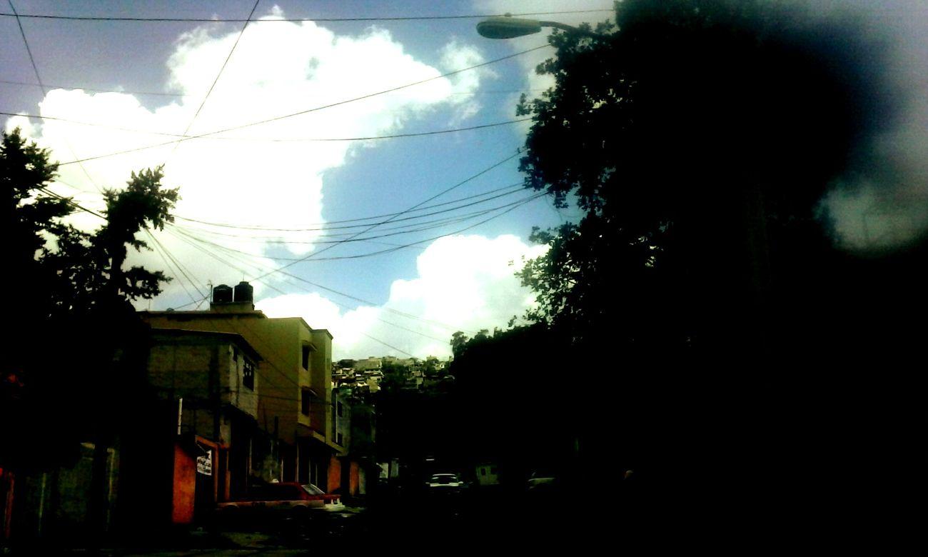 Enjoying Life Love ♥ Colores De La Naturaleza Nuve De Azucar Arboles , Naturaleza Sky_collection Sunset #sun #clouds #skylovers #sky #nature #beautifulinnature #naturalbeauty #photography #landscape Teextraño Sky And City Hello World Amanecer En Mi Ciudad Beautiful Nature Sun ☀