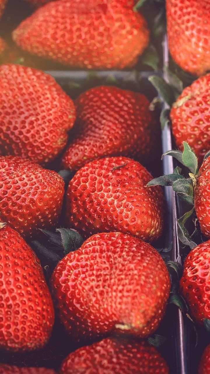 fruit, red, food and drink, food, healthy eating, freshness, strawberry, no people, close-up, large group of objects, retail, market, full frame, day, indoors, backgrounds