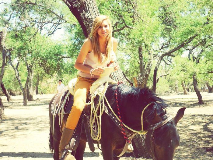 Esqeee amo los caballos (':