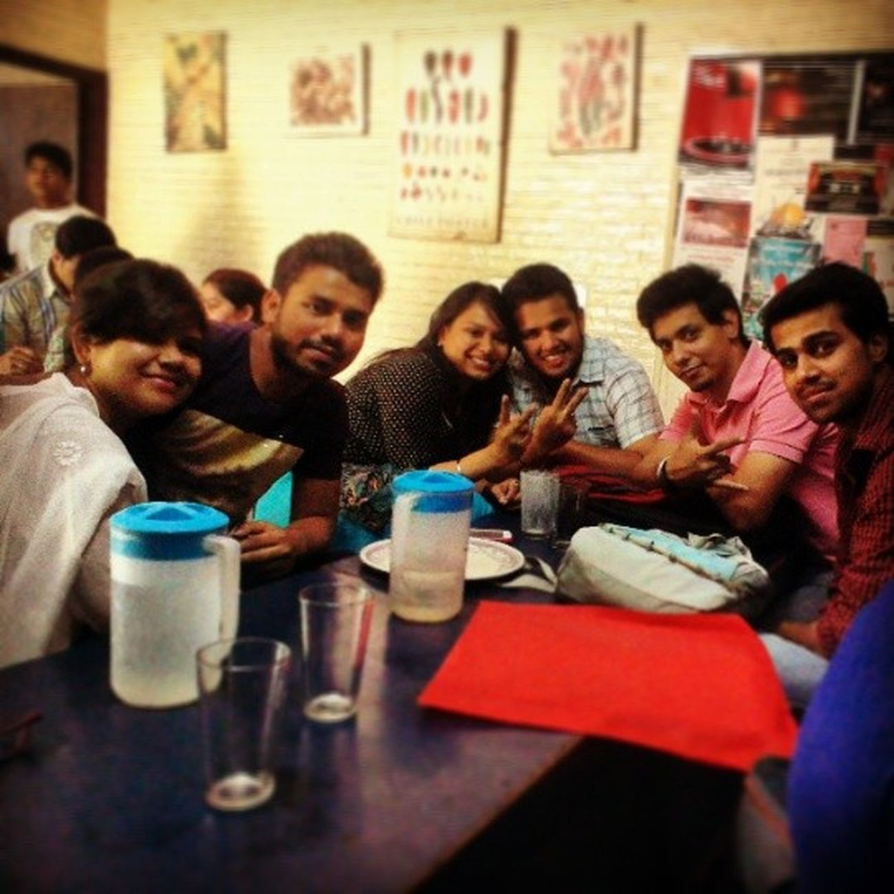 Last day brunch!! @zizoubhardhwaj @sheetal4104 Last Day Collegelife Nostalgia Funtimes Bhukkadlog Hungry Time_of_our_lives