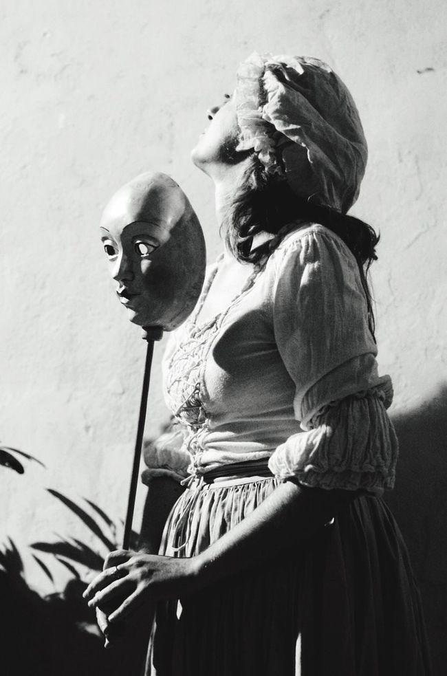 Festival Of Street Artist Streetart Streetphotography Italy Toscana Theater Cinderella Mask Love Past Traditional