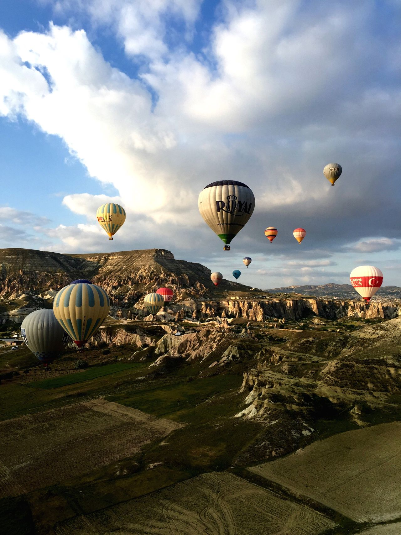 Hot Air Balloon Turkey Outdoors Nature Sky Flying Beauty In Nature Scenics
