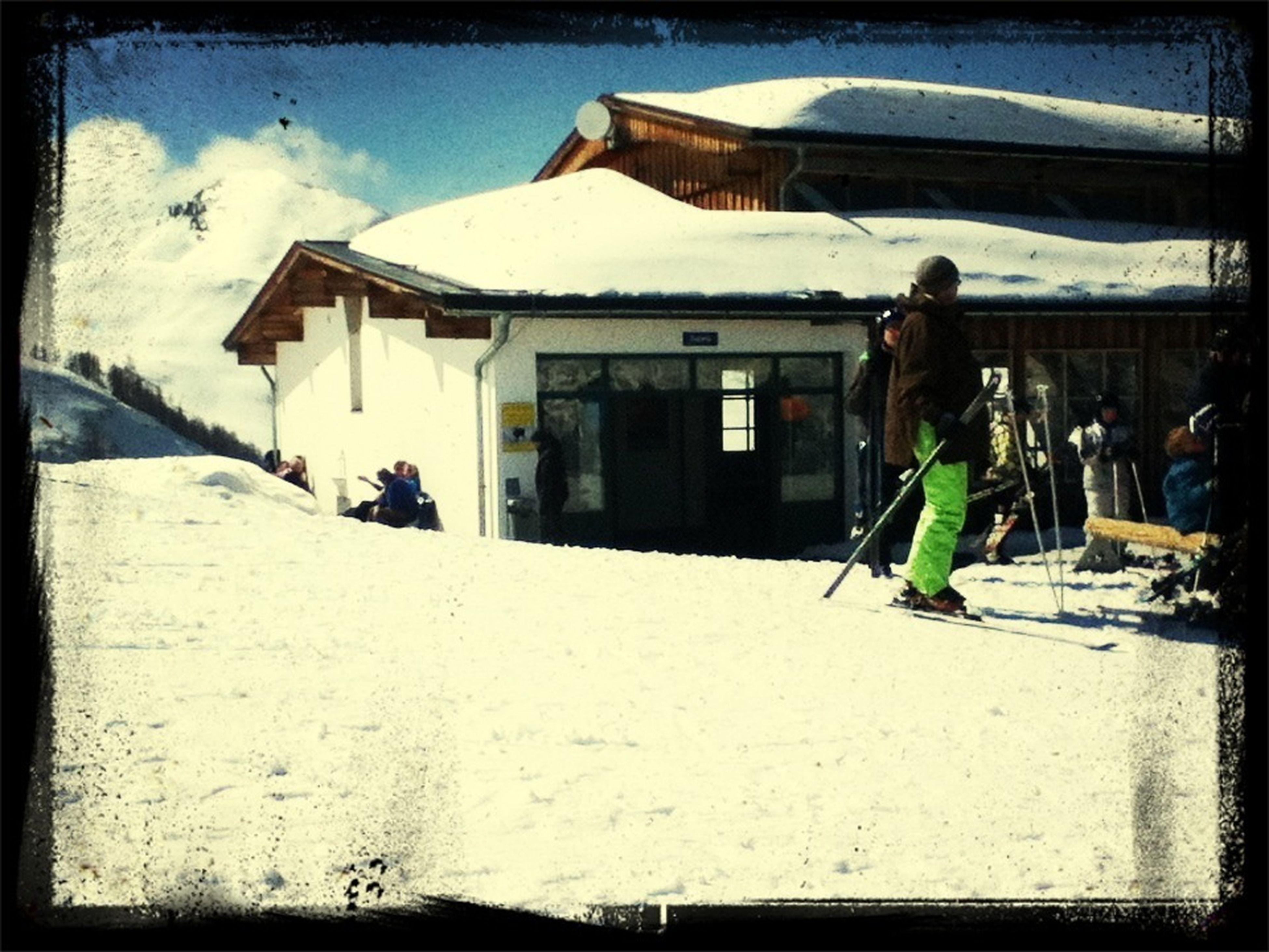 Skiii :-**