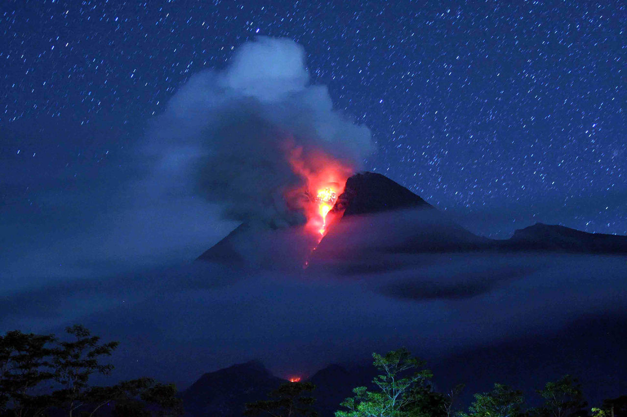Beautiful stock photos of stars, Cloud, Deles Village, Emergencies And Disasters, Erupting