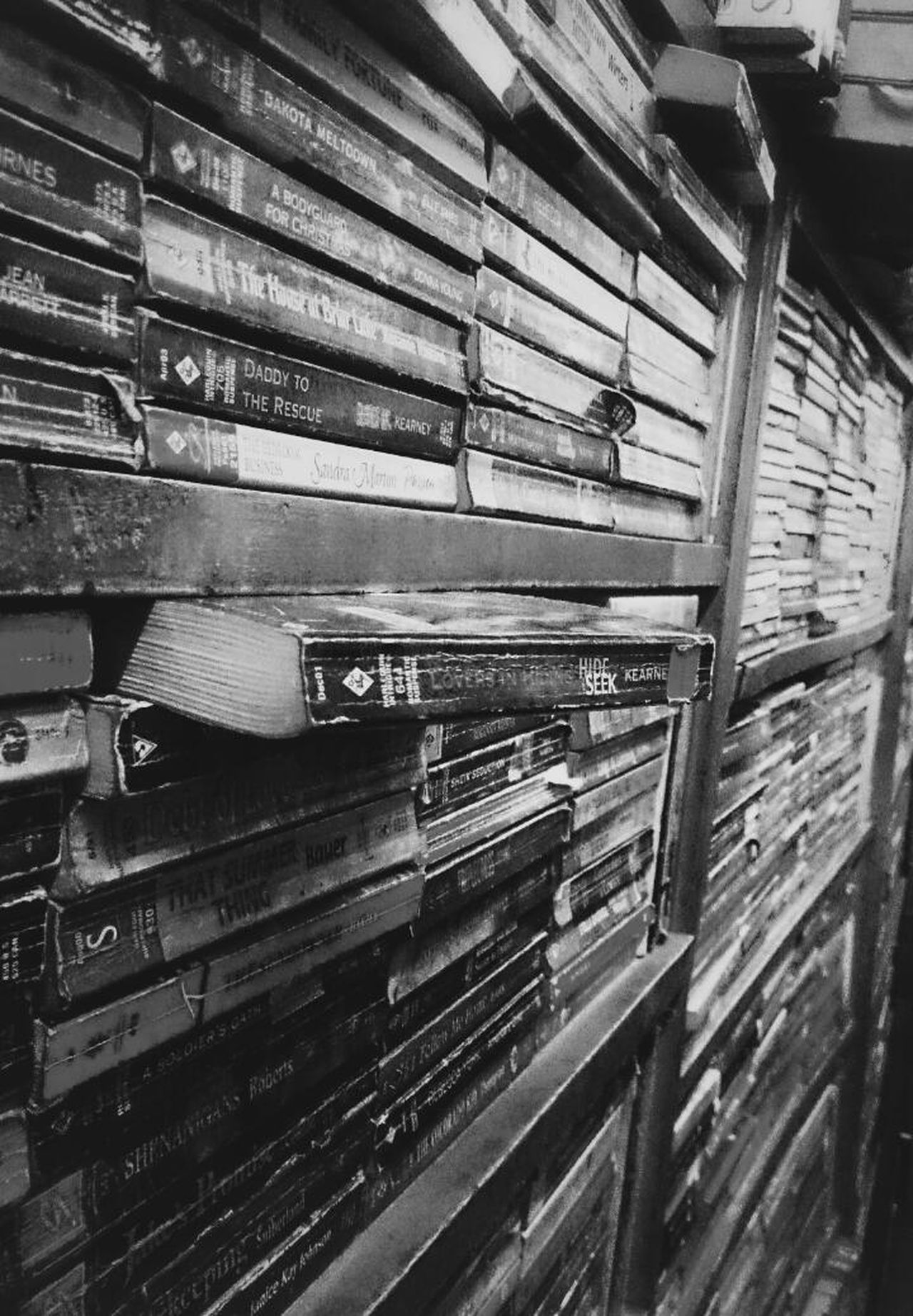 ooh it was a HIDE&SEEK book.... Library Mobile Photography Eye Em Travel Books ♥ Black & Whiteby sony xperia zr......