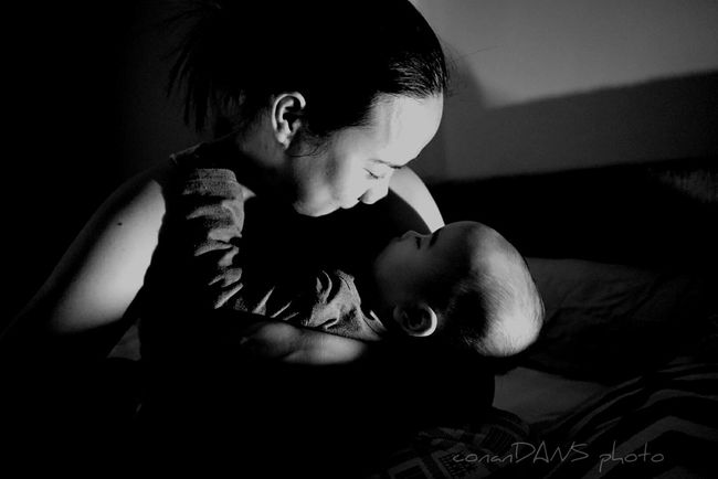 A Mother's Love People And Places Love ♥ Unconditional Love Motherslove Blackandwhite Sleepless Night Happiness Motherandson  Monochrome Photography