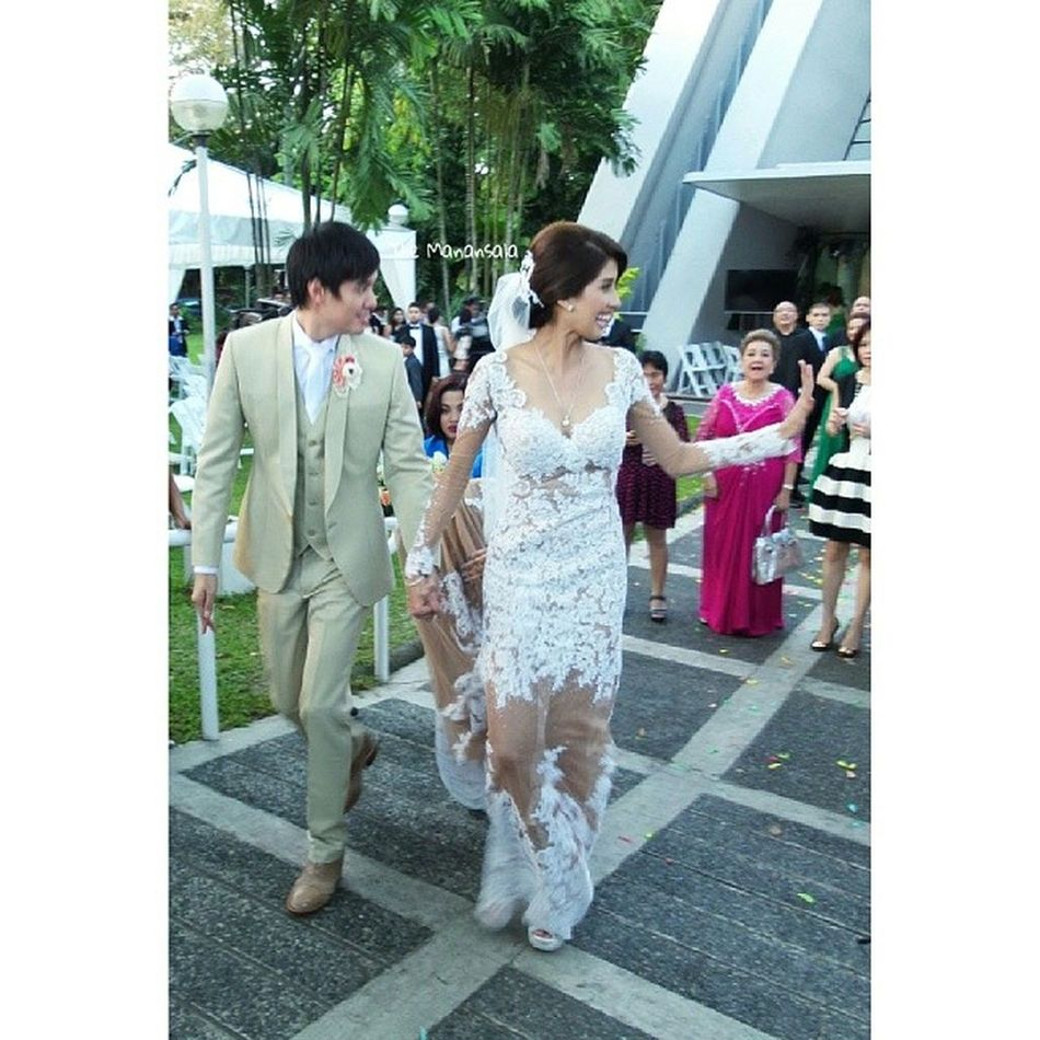 Congratulations and best wishes Mr. and Mrs. Lloyd and Shamcey Lee! @supsupshamcey @lloydtylee Thewedding Shamceysupsup ShamceyLloydWedding2013 Themanansala spotlight