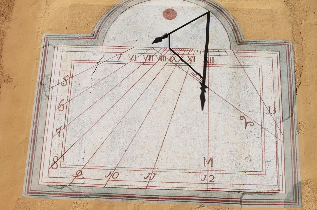 Ameno Town Close-up Day Hour Italy March 2017 No People Outdoors Piemonte Shadow Sundial Yellow Color