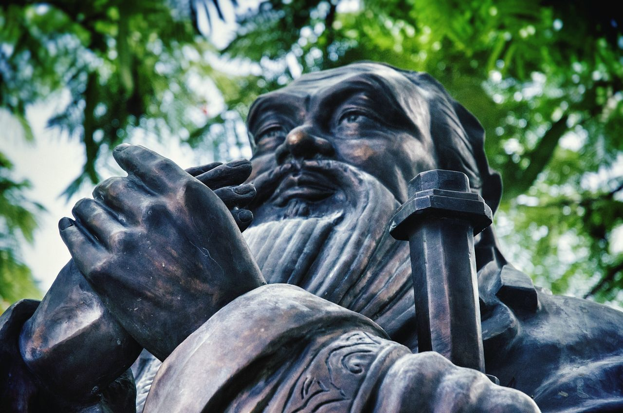 Statue Low Angle View Outdoors Tree No People Close-up Nikon D5100  Confucious