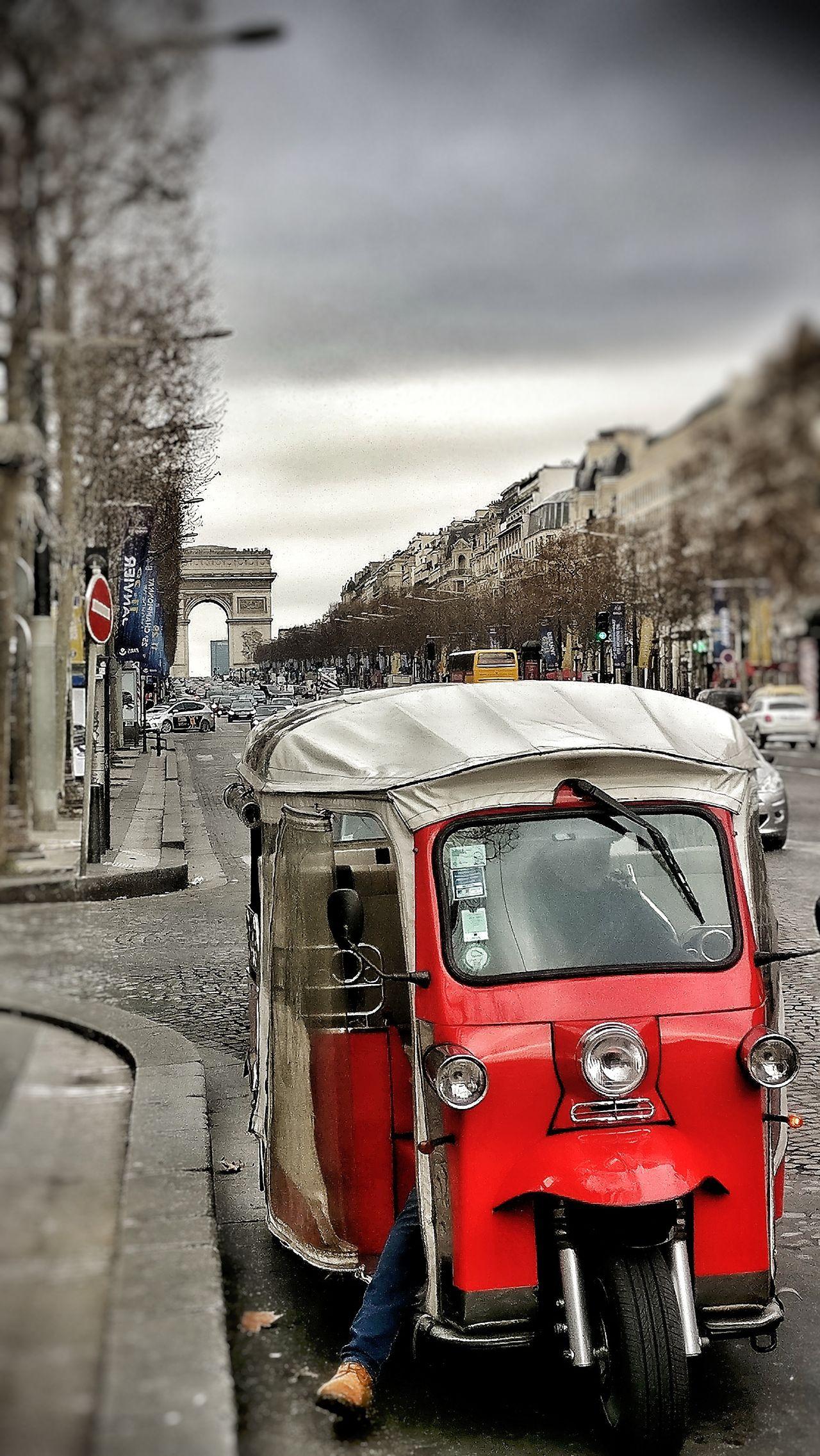Transportation Red Cloud - Sky Outdoors Day Land Vehicle Sky France 🇫🇷 Paris Champselysées Plus Belle Avenue Du Monde City Car Tourism Tourist Attraction  People OneplusShot AndroidPhotography
