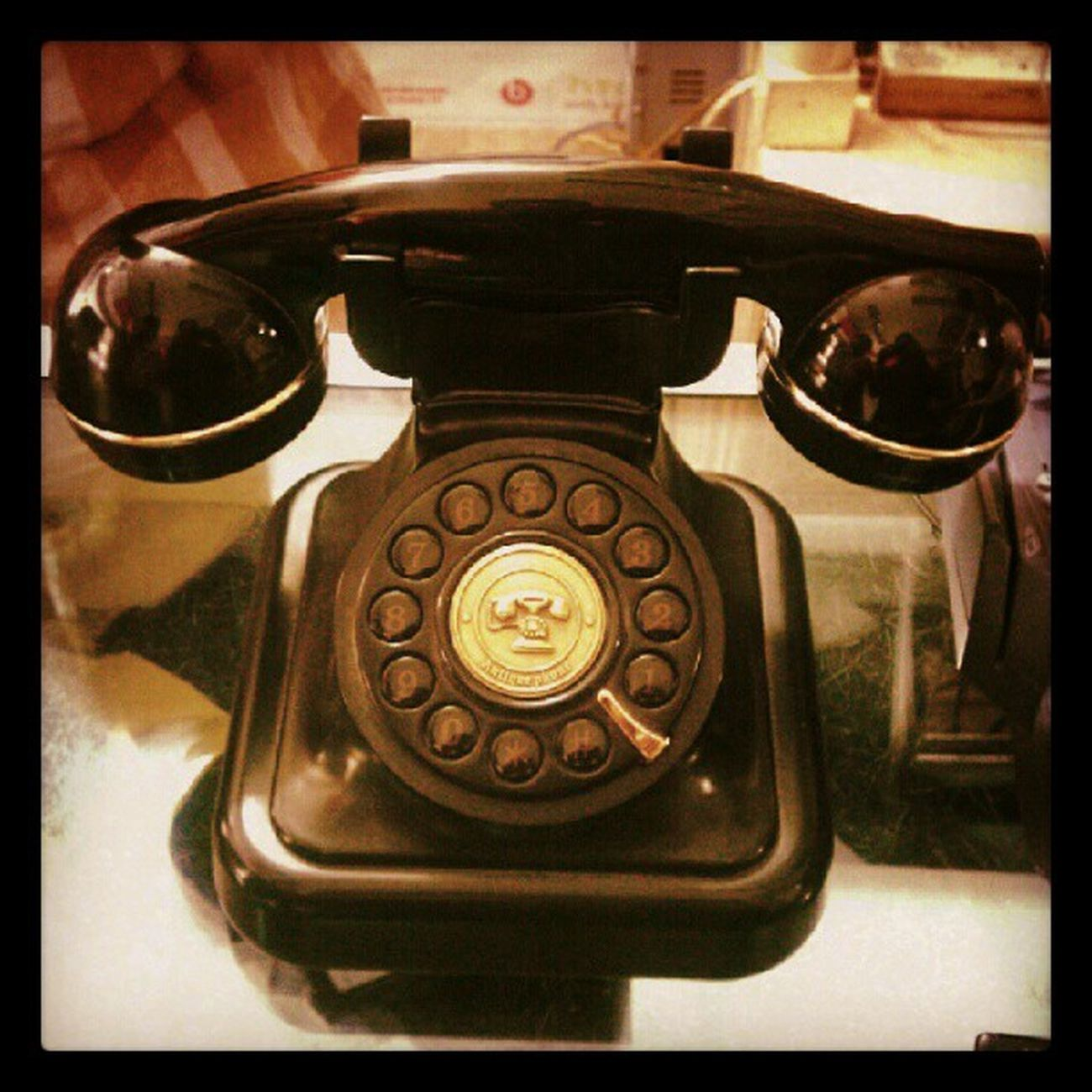 Telephone Retro Pseudo Old Black doublefilter