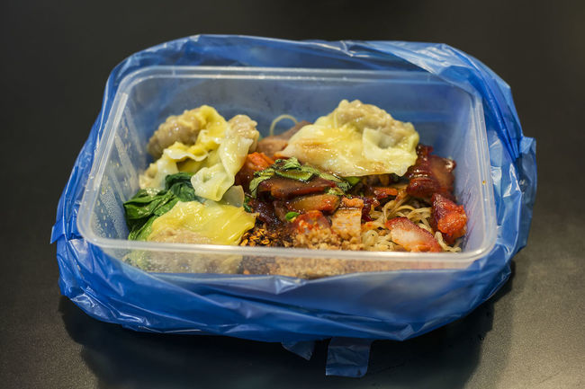 Char Siew Close-up Food Indulgence Meal Noodles Plastic Bag Ready-to-eat Serving Size Show Us Your Takeaway! Still Life Takeout Foods Thai Food Wanton