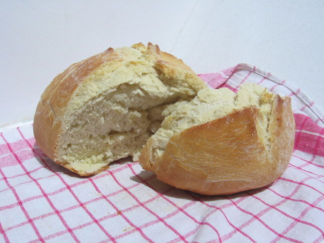 Fresh Home-Bread in the Morning Baked Bakery Baking Bread Bread Breakfast Food Fresh Home-bred Ready-to-eat