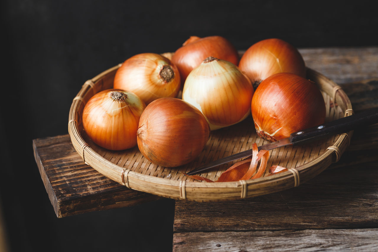 Onions on the old wood Agriculture ASIA Bamboo Basket Brown Burlap Diet Farm Food Fresh Healthy Food Isolated Medicine Nature Nutrition Old Wood Onion Pure Raw Rustic Sweet Tasty Vegetable Vietnam Whole