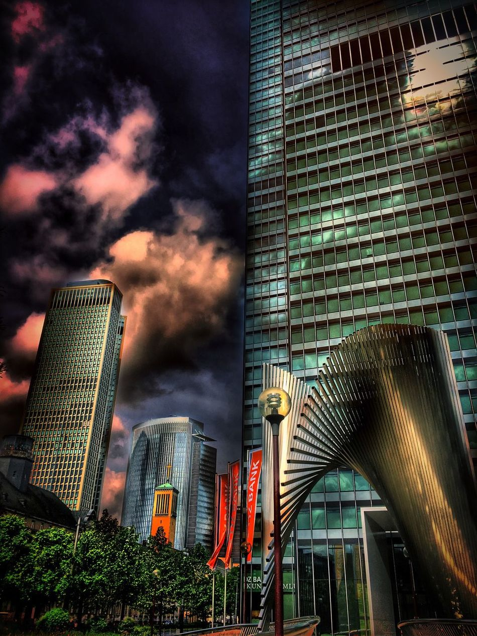 By Frankfurt Am Main Germany My Travel Frankfurt Beautiful Hdr Edit Hdr_lovers Hdr_Collection Architecturelovers Architecture_collection Hdrphotography Building Exterior Streetphoto