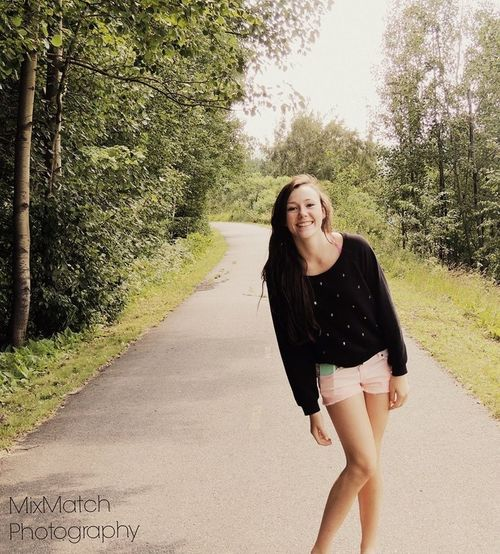 <3 Modeling Just Smile  Be Happy