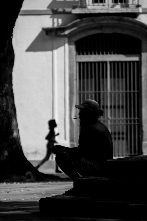 Cotidiano Silhouette Street Photography Streetphotography City Street Streetphotography_bw Photography Streetphoto_bw Street Welcome To Black Architecture Ruas Da Cidade Rio De Janeiro Street Art
