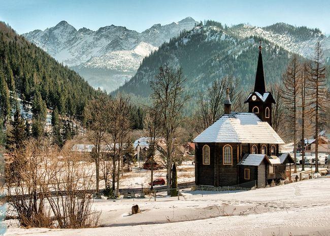 Relaxing Mountains And Sky Pureslovakia Outdoor Landscape Relaxing Thisisslovakia Mountains Architecture Slovakia Sunnyday Church