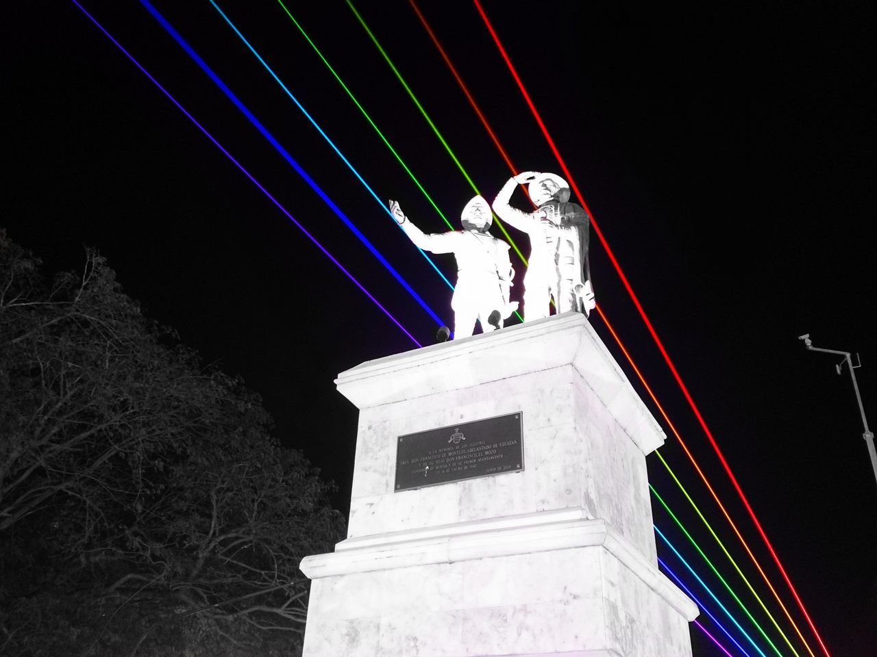 Can you see the rainbow? Mérida Yucatán Xperia ZL Street Photography Mobile Photography Outdoors Urban Photography Yucatan Mexico Merida♡ City Life Night Photography Laser-Art Colors Lights Filux Mexico 2017 Paseo Montejo No People Landscape Statues/sculptures Rainbow Colors Statues And Monuments Welcome To Black