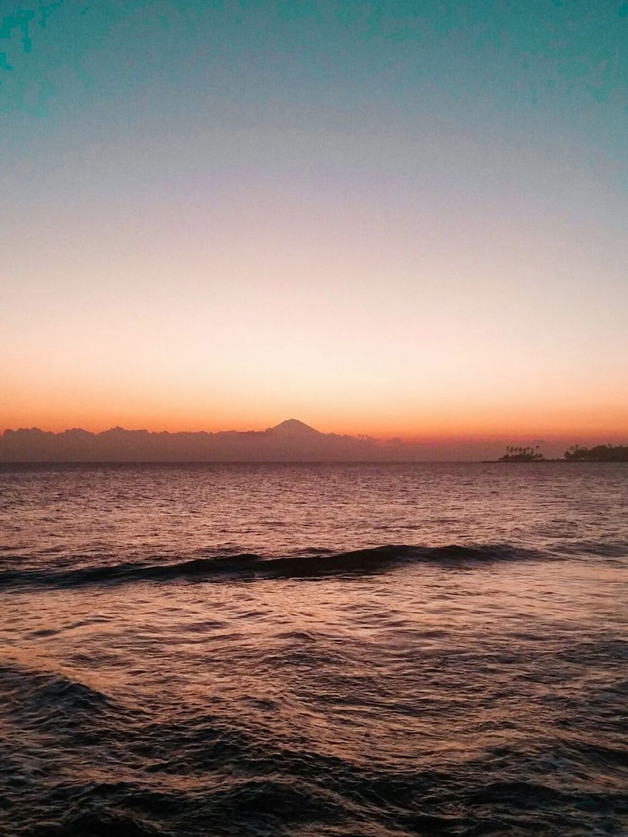 Sunset Sea Horizon Over Water Scenics Beauty In Nature Dramatic Sky Outdoors Nature Landscape Wave Beach BYOPaper! Live For The Story The Great Outdoors - 2017 EyeEm Awards