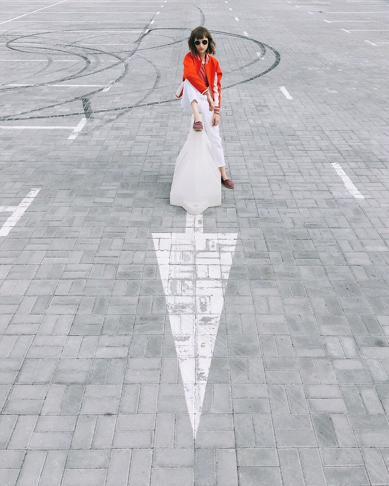 The right way! Full Length One Person One Young Woman Only Only Women One Woman Only People Portrait Looking At Camera Smiling Adult Road Fashion Bestoftheday Best EyeEm Shot Minimalism